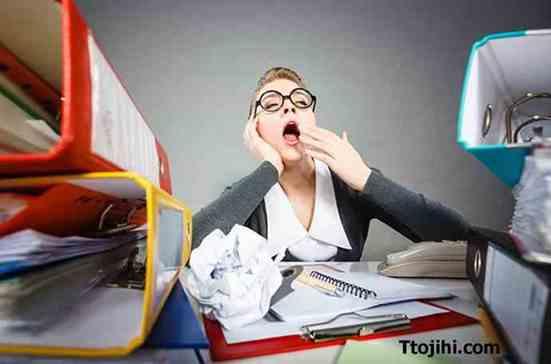 تصویر سستي ورزيدن و عدم موفقیت در کار