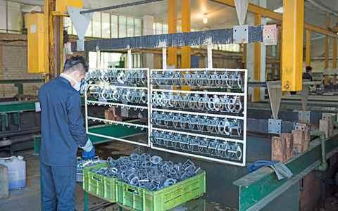 خط تولید آبكاری قطعات پلاستيكی