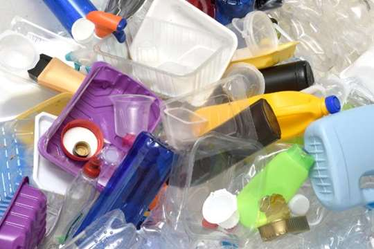 تصویر انواع ظروف پلاستیکی